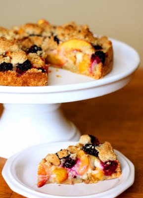 Post image for Guest Post: Peach Blackberry Crumble Tart