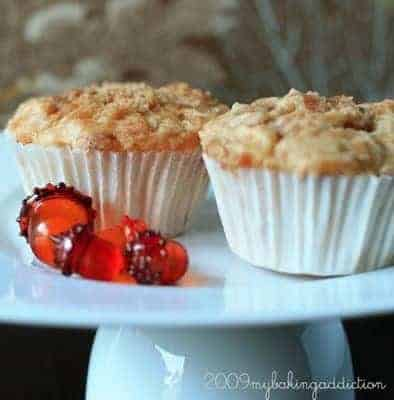 Post image for Apple Cinnamon Chip Muffins