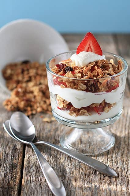 Post image for Homemade Granola & Parfaits