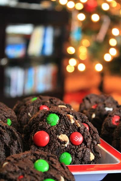 Post image for Dark Chocolate Peppermint M&M Cookies