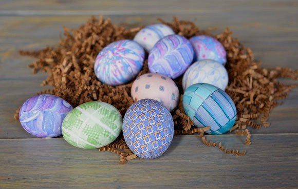 ... Ways to Color, Dye and Decorate Eggs for Easter | Crafts a la mode