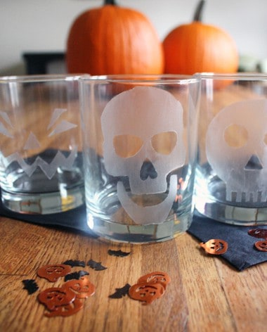 Post image for Halloween Etched Glasses