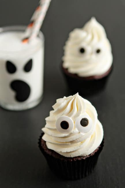 letu0027s view these halloween cupcakes as last minute inspiration for all of you out there theyu0027re super delicious and in my opinion
