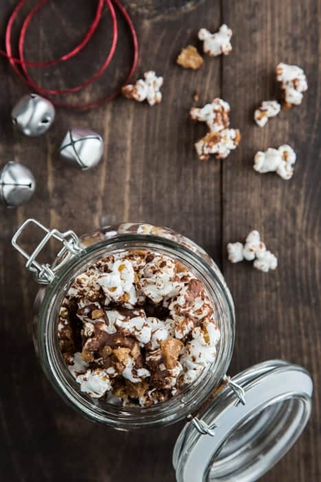 chocolate toffee popcorn-009