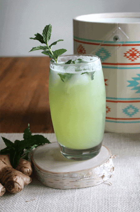 Post image for Fresh Honeydew Ginger Mojito