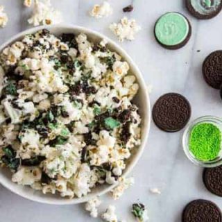 Mint Cookies and Cream Popcorn on My Baking Addiction