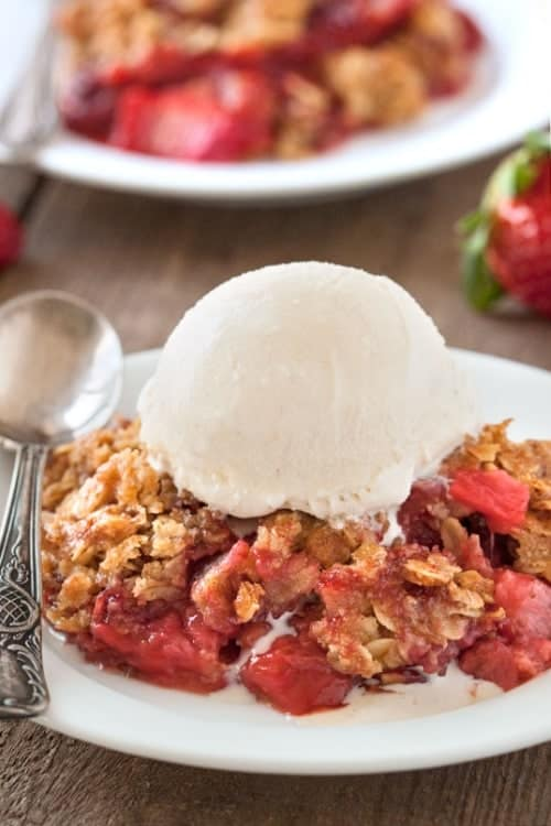 Post image for Gluten-Free Strawberry Rhubarb Crumble