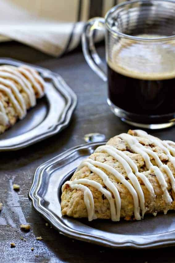 Toffee Almond Scones are for those serious toffee lovers out there. Toffee chips and sweet toffee glaze will make you extremely happy.