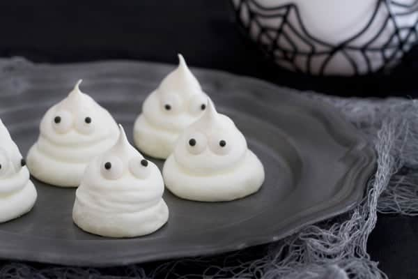 Meringue Ghosts are the sweet treat you won't be able to resist. Festive and totally fun.
