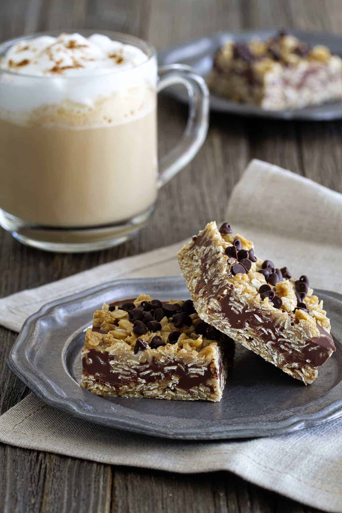 No Bake Chocolate Peanut Butter Oatmeal Bars are sweet and chewy. A ...