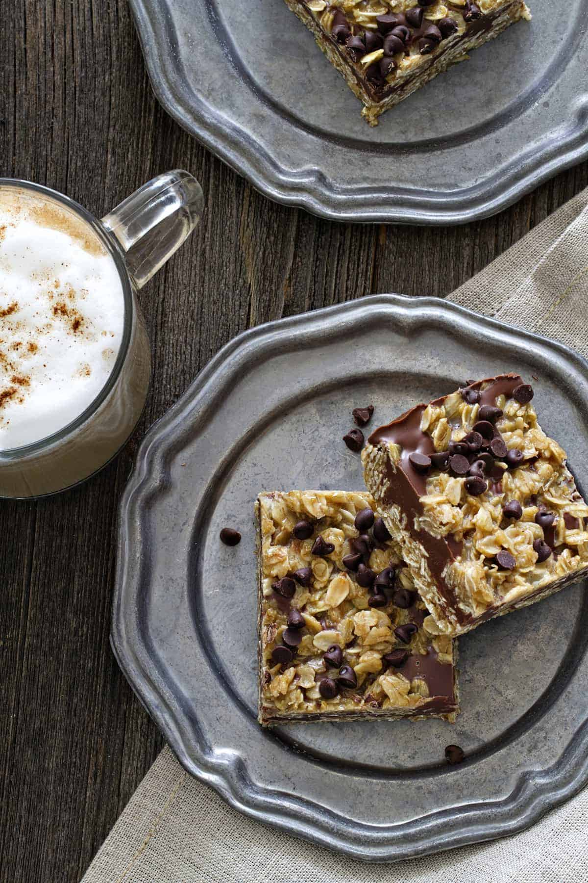 No Bake Chocolate Peanut Butter Oatmeal Bars are super easy. No baking required.