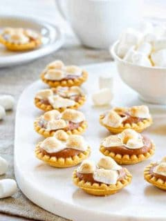 Mini Sweet Potato Pies have all the flavors of this traditional dessert in one tiny bite. So cute!