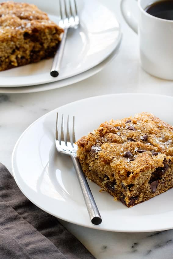 Date loaded with sweet chocolate chips and crunchy walnuts. A sprinkle of coarse sugar makes it extra special.