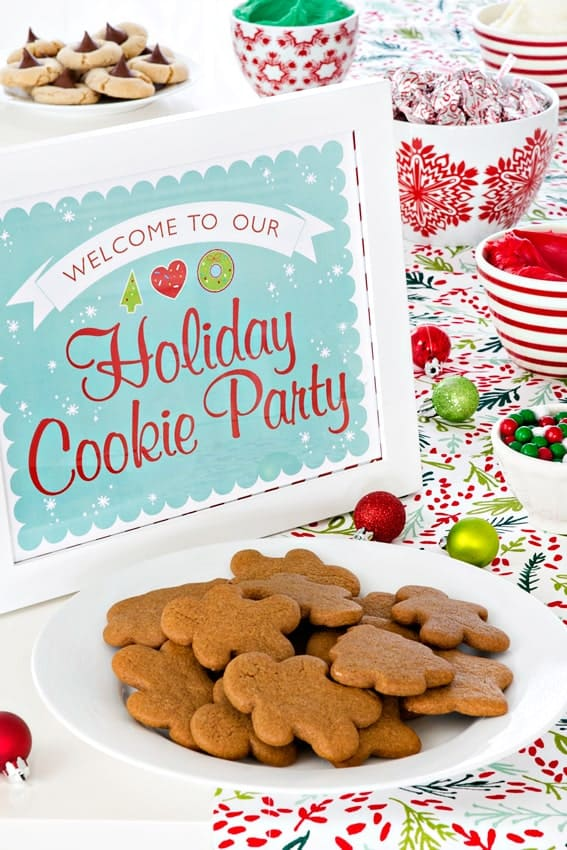Tips and tricks for hosting a holiday cookie party for kids. So much fun!