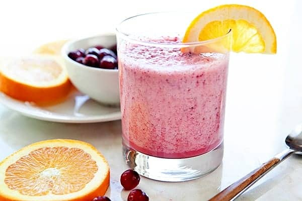 This Cranberry Orange Smoothie is a deliciously healthy way to enjoy your winter fruits. Bright, sweet,, tart and delicious!