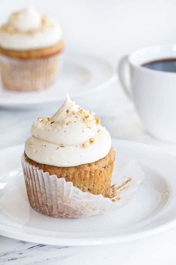 Banana Cupcakes With Cream Cheese Frosting Will Be A Hit At Any Party These Will