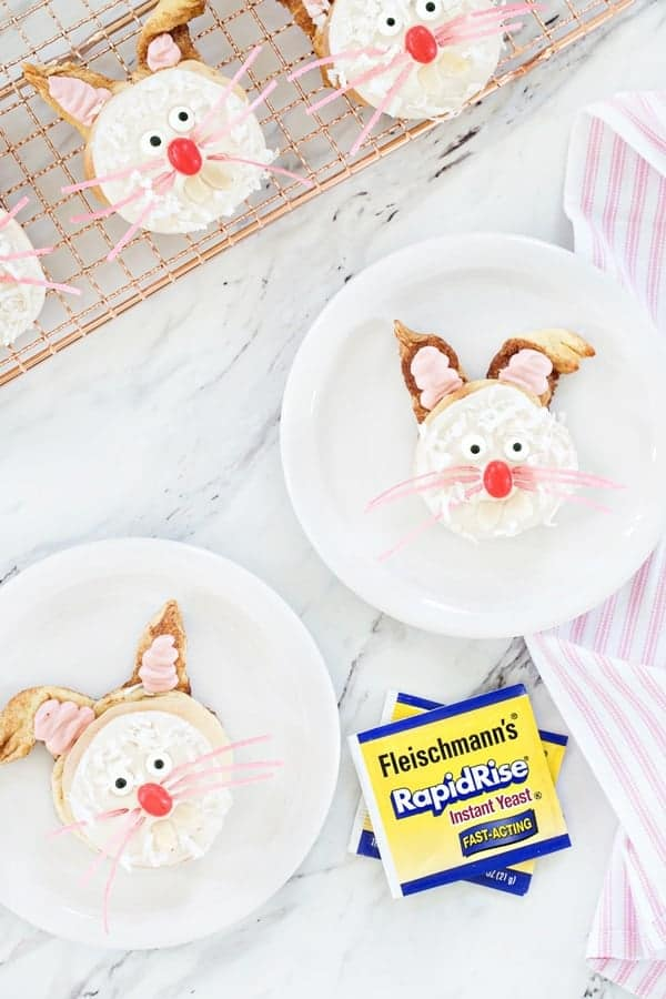 Basic cinnamon roll dough is transformed into adorable bunnies perfect for Easter brunch! So cute!