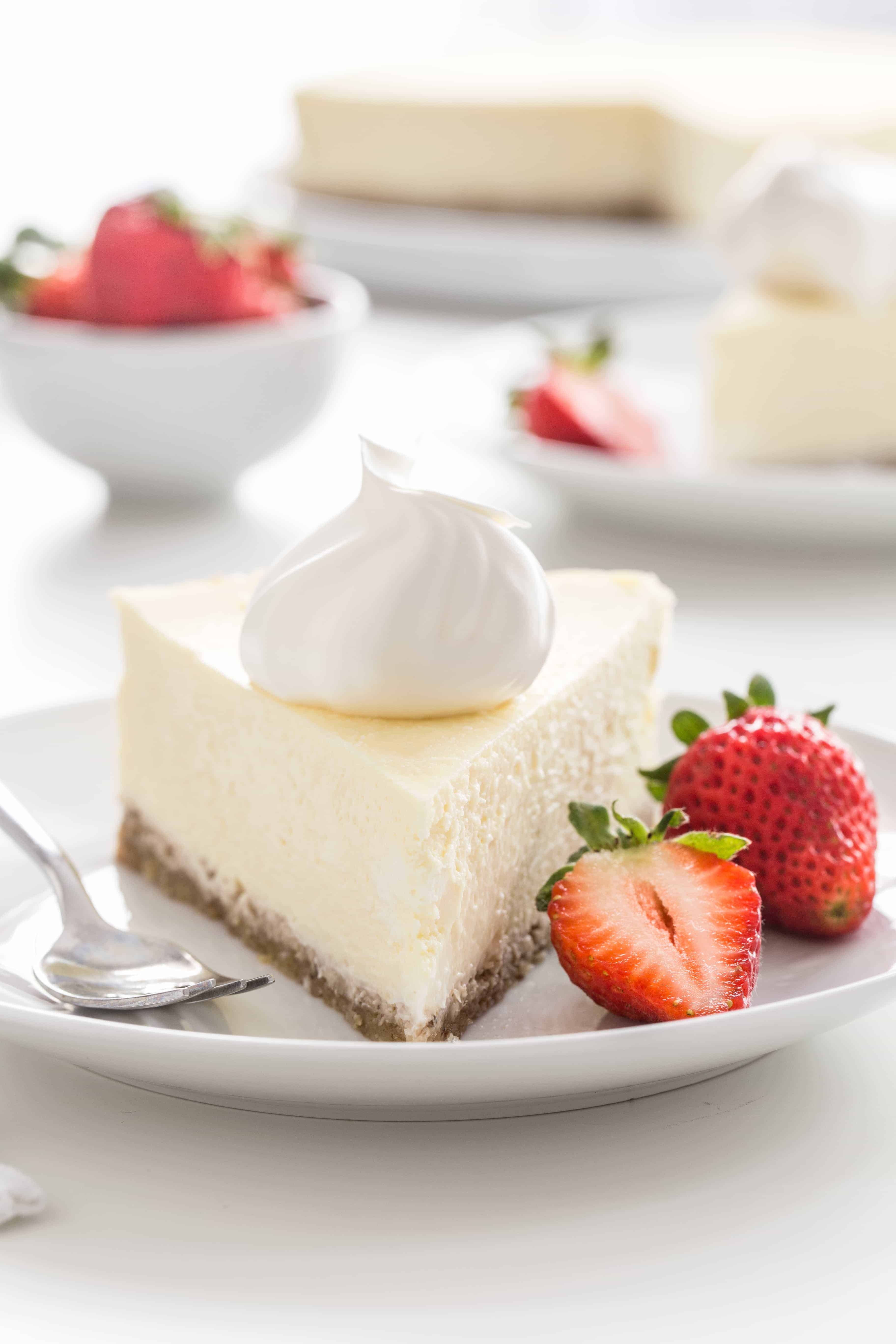 Low Carb Cheesecake has all the delicious flavor and creamy texture of traditional cheesecake without the added sugar. Perfect for any occasion!