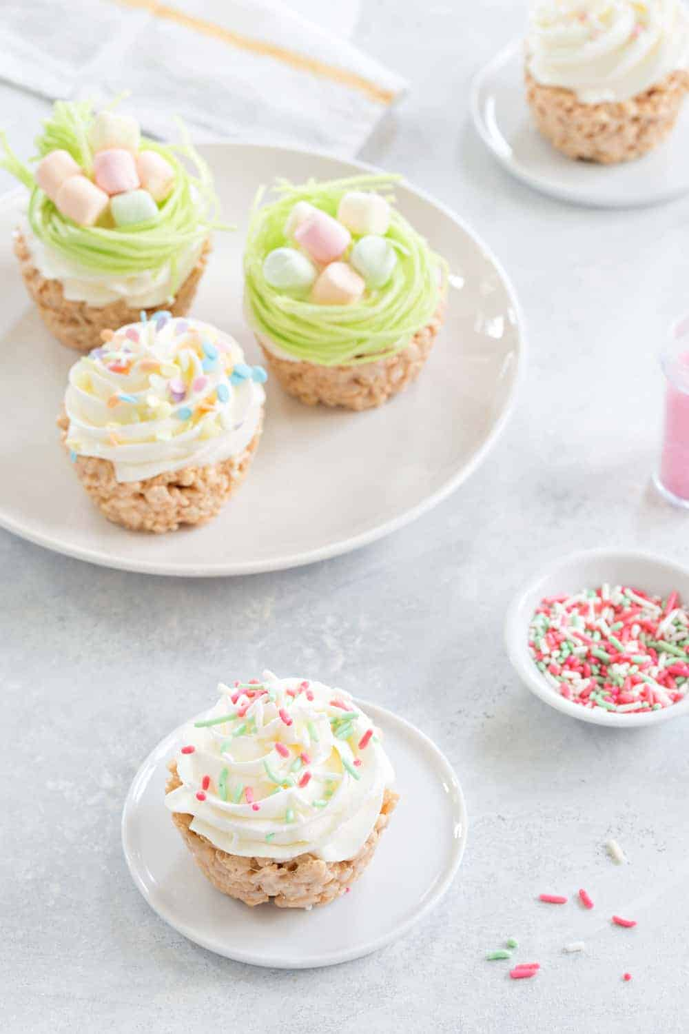 Marshmallow Treat Cupcakes are an sweet and delicious addition to any party!  So fun and festive.