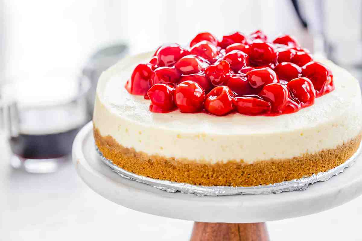 Instant Pot Cheesecake comes together with ease. The perfect sweet recipe for your electric pressure cooker!
