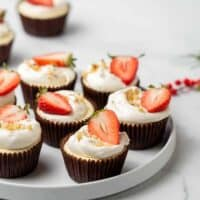 Low Carb Mini Cheesecakes