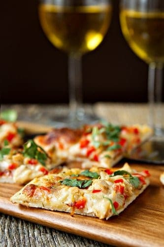 Post image for Spicy Chicken and Pepper Jack Pizza