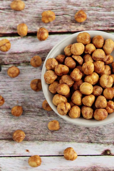 How to Peel Hazelnuts | My Baking Addiction