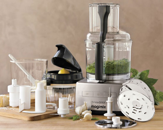 magimix by robot coupe 16 cup food processor my baking addiction. Black Bedroom Furniture Sets. Home Design Ideas