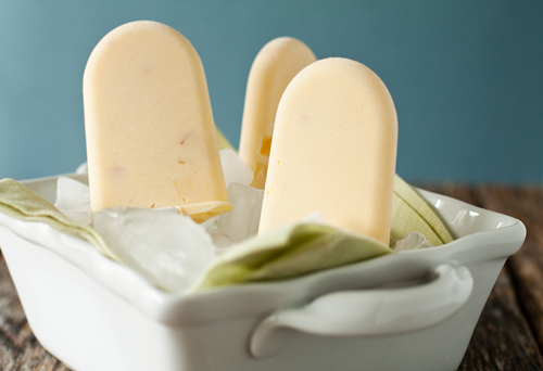 Peaches and Cream Popsicles - My Baking Addiction