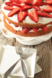 Post image for Strawberry Cream Cake