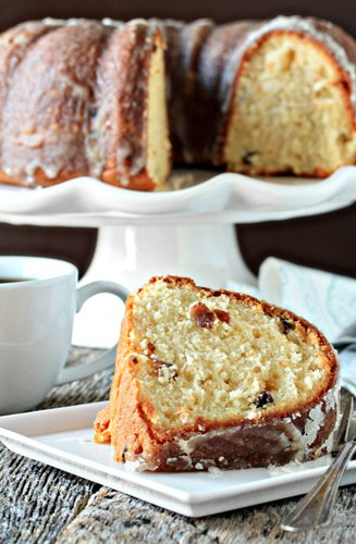 Post image for Eggnog Pound Cake with Crystal Rum Glaze